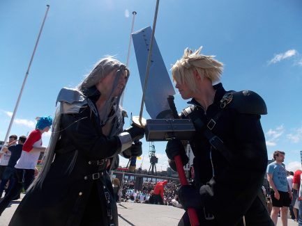 Sephiroth and Cloud FFVII MCM Cosplay Roundup 2017